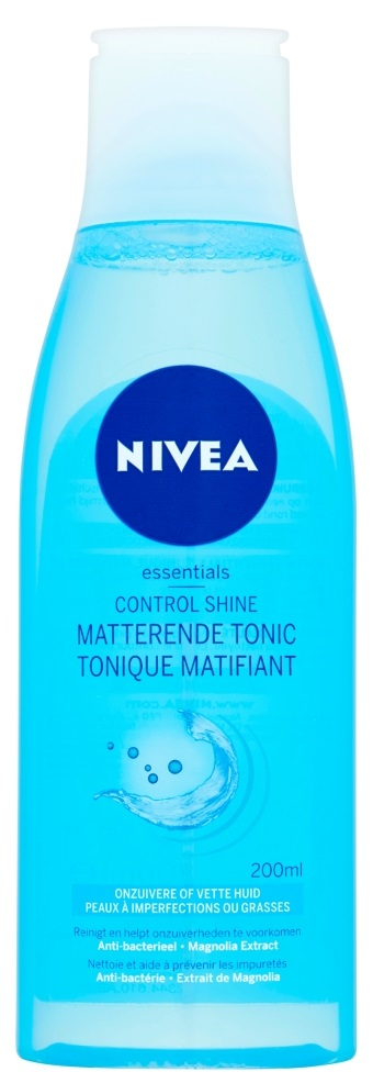 NIVEA  Pure Effect Stay Clear Tonic